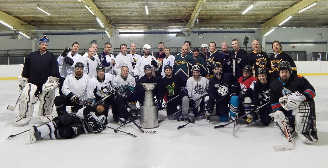 the stockton old timers hockey club